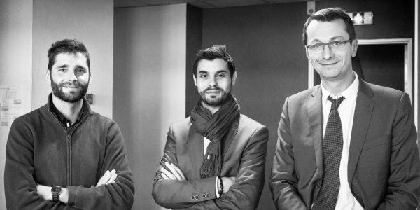 De gauche à droite: Nicolas Floury (conseiller et référent numérique au Pôle Emploi Lille Port Fluvial), Romain Poloni (responsable communication et marketing au Pôle Régional Numérique) et Yann Mazuet (reskilling manager chez Global Knowledge)